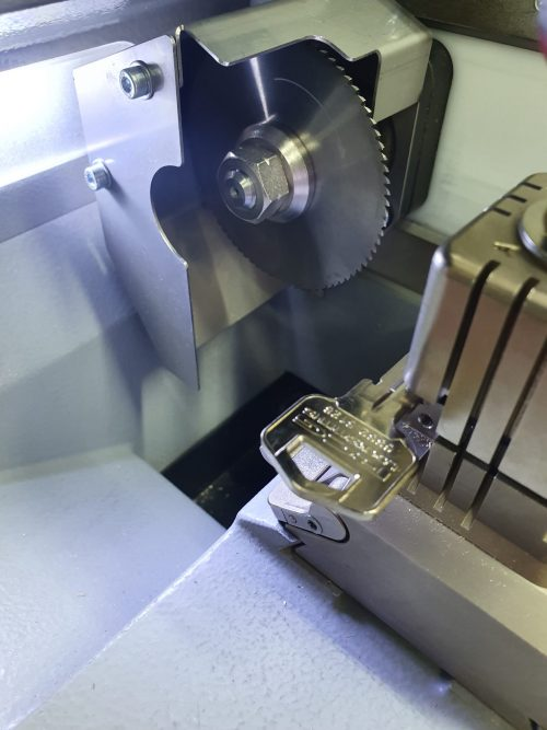 machine set up with key in it ready to be cut